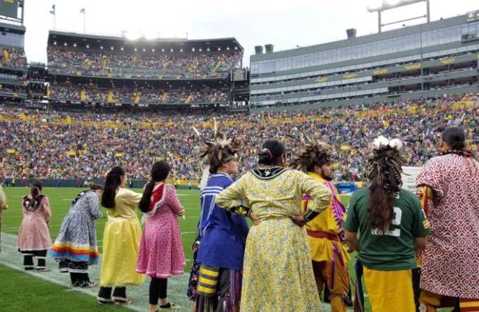 Oneida dancers take Green Bay Packers halftime