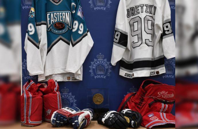 Arrests made in Wayne Gretzky memorabilia theft